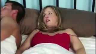 Mamá e hijo sexo en hotel